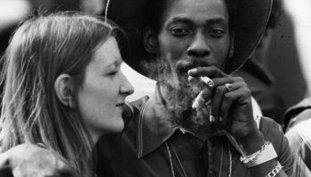 Les couples fumeurs d'herbe