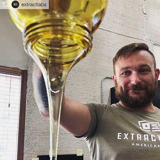 Craig Henderson, CBD, aceite de CBD, laboratorios de extractos